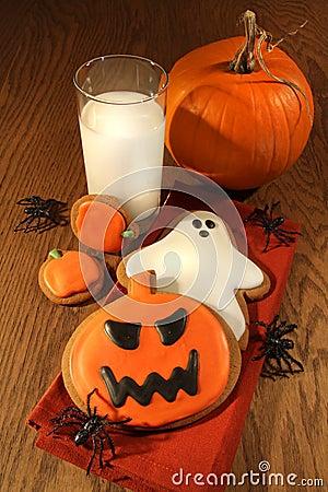 Free Halloween Cookies With Milk Royalty Free Stock Photos - 11089068