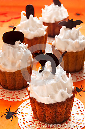 Free Halloween Cupcakes Royalty Free Stock Photography - 33738377