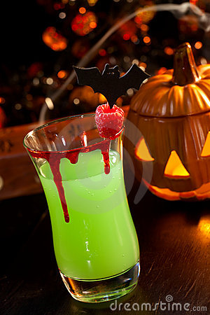 Halloween drinks - Vampire s Kiss Cocktail