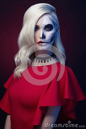 Free Halloween Make-up Skull Beautiful Woman Royalty Free Stock Photos - 78447828