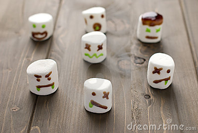 Halloween marshmallow zombies