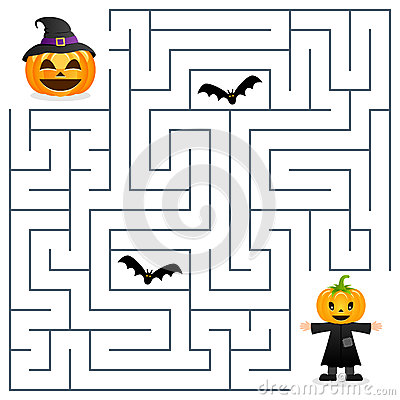 Free Halloween Maze - Scarecrow And Pumpkin Royalty Free Stock Photo - 78474535