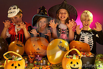 Halloween-Party mit Kindern