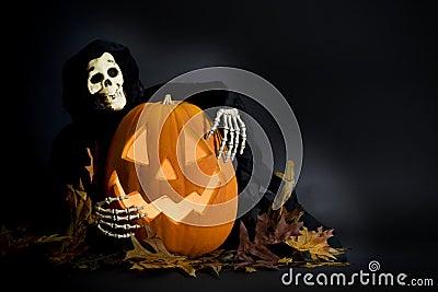 Halloween Pumpkin & Ghoul