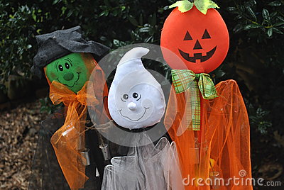 Halloween  yard  decrorations
