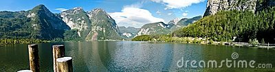 Hallstatt lake panorama