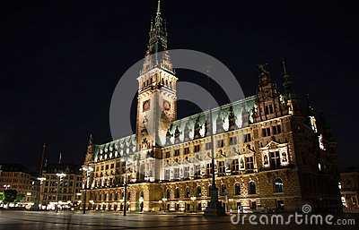 Hamburg Rathaus (City Hall) at night