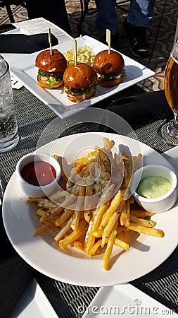 Hamburger Sliders and fries