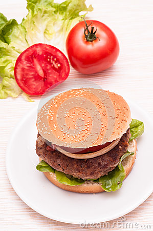 Hamburger in vertical format