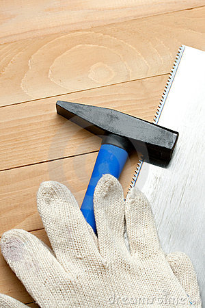 Hammer with handsaw