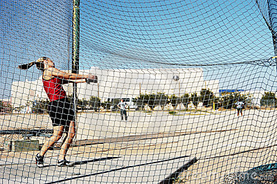 Hammer Throw 2 - focus on the net