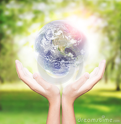 Free Hand Hold Earth Environment Element Finished By Nasa Royalty Free Stock Images - 54367919