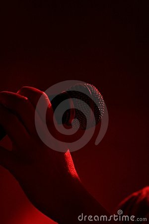 Hand in a mic concert