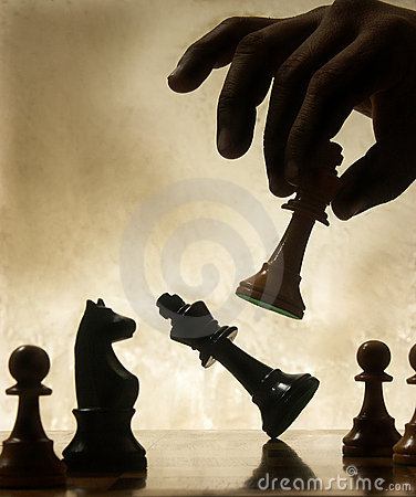 Free Hand Moving Chess Piece Royalty Free Stock Photo - 17013685