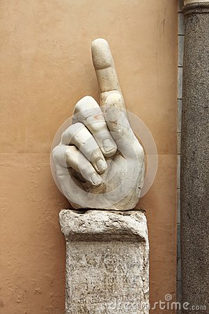 Free Hand Of Colossus Of Constantine Stock Photo - 114531800