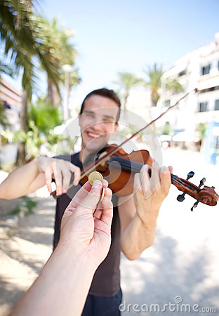 Free Hand Paying Money To Busker Man Playing Violin Royalty Free Stock Image - 57706616