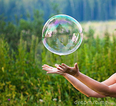 Free Hand With Soap Bubble Stock Photos - 16598233