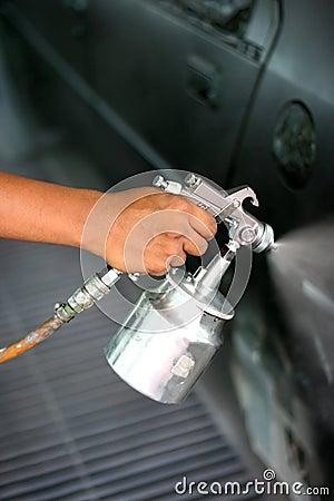Free Hand With Spray Paint Gun Stock Image - 17434621
