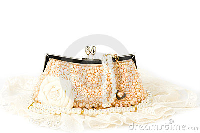 Handbag and pearl jewelry