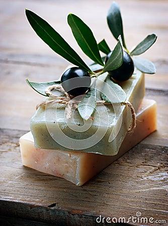 Handgemachte olivgrüne Seife