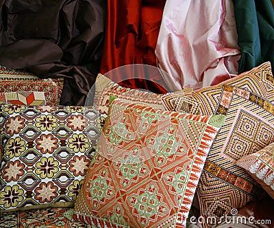 Handgjorda persiska kuddar
