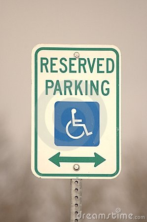Free Handicapped Parking Sign Royalty Free Stock Image - 543736