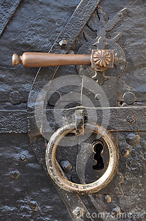 Free Handle And Knocker Royalty Free Stock Images - 27237779