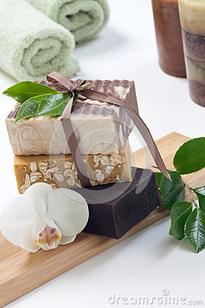 Free Handmade Organic Soap Royalty Free Stock Images - 32582249