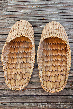 Free Handmade Slippers From Dry Water Hyacinth Royalty Free Stock Images - 20276689