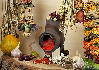 Handmill, spice and dry flowers