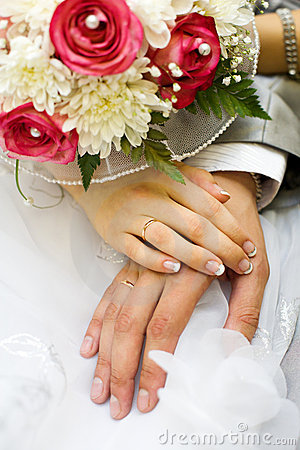 Hands of new married