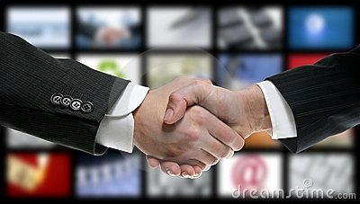 Handskakning över videoen för skärmteknologitv