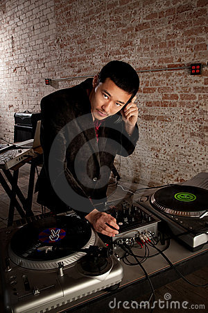Free Handsome Asian DJ Royalty Free Stock Photo - 13856815