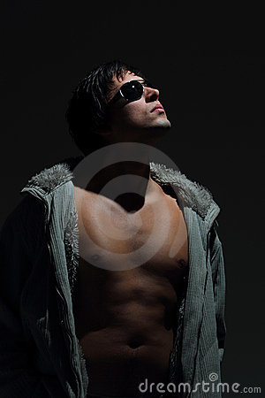 Free Handsome Guy  Glamorous Look. Royalty Free Stock Photos - 16493148