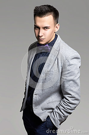 Free Handsome Man In Suit Royalty Free Stock Photography - 95200957