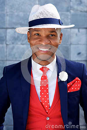 Free Handsome Young African Man In Suit And Hat Royalty Free Stock Photos - 85644058