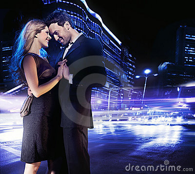 Free Handsome Young Couple Dancing Stock Photos - 18241523