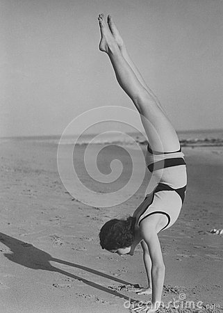 Free Handstand At The Beach Stock Photography - 52032952