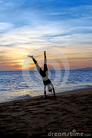 Free Handstand  On The Beach Stock Images - 28644524
