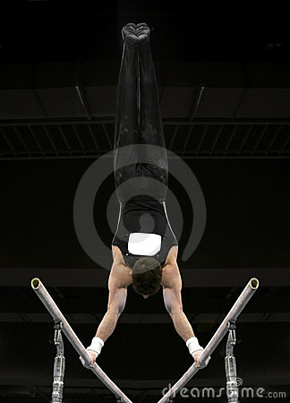 Handstand on parallel bars