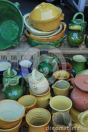 Handwerkliche Tonwaren von der Provence