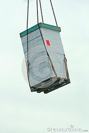 Hanging cargo transport