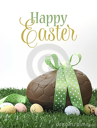 Free Happy Easter Large Chocolate Easter Egg With Sample Text Stock Images - 40694294