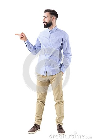 Free Happy Excited Business Man Pointing Finger At Copyspace In Smart Casual Clothes Royalty Free Stock Photo - 108116665