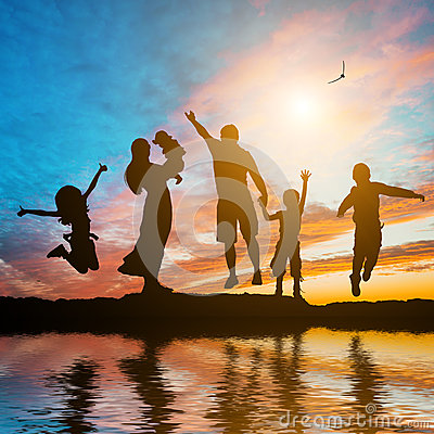 Free Happy Family Of Six Members Royalty Free Stock Photo - 60137475