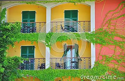 Happy  house in Italy