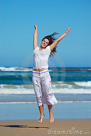 Free Happy Jumping Woman Royalty Free Stock Images - 5040539