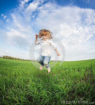 Free Happy Kid Jumping Royalty Free Stock Photography - 31089417