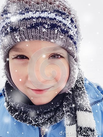 Free Happy Little Boy Enjoying Winter Day In Nature With Falling Snow Royalty Free Stock Image - 142221026