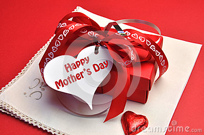 Happy Mothers Day red present with gift tag message
